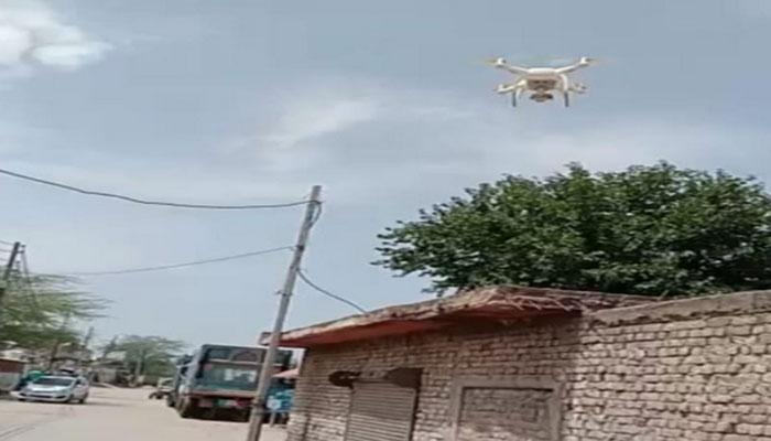 पुलिस ड्रोन से लॉकडाउन का उल्लंघन करने वालों पर कस रही शिकंजा