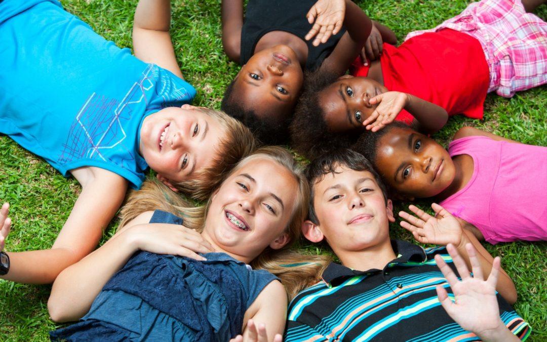 Diverse-multiracial-group-of-kids