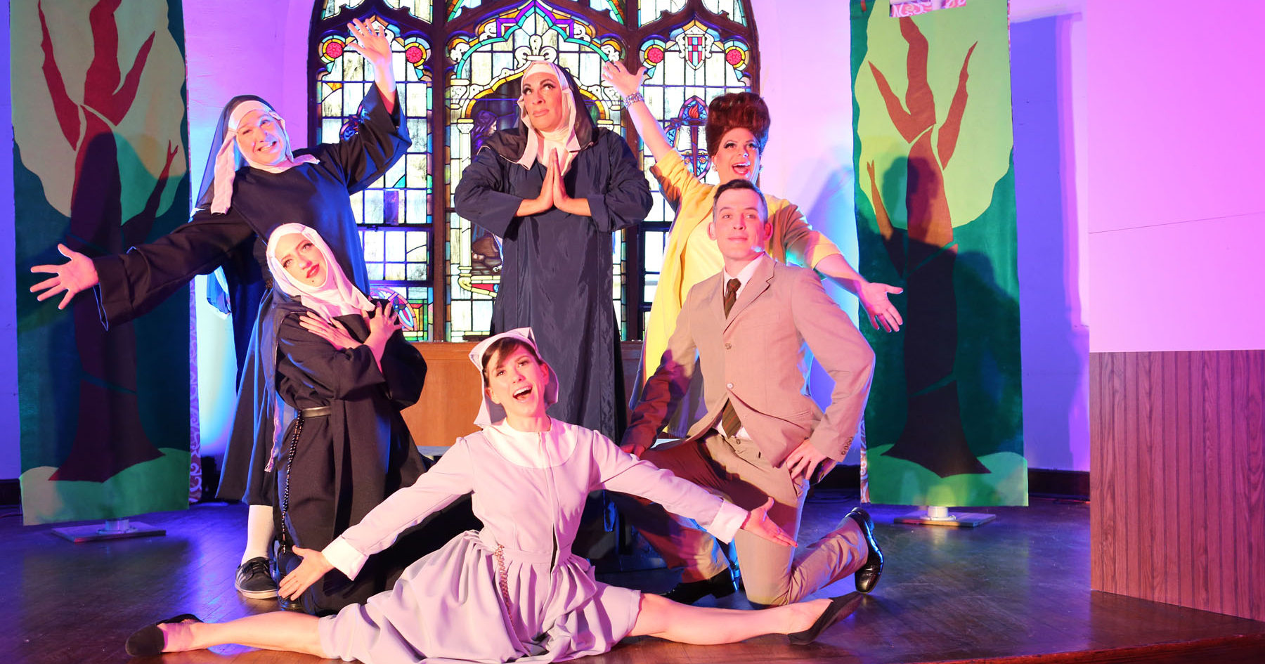 DIVINE SISTER is Divine at Hell in a Handbag
