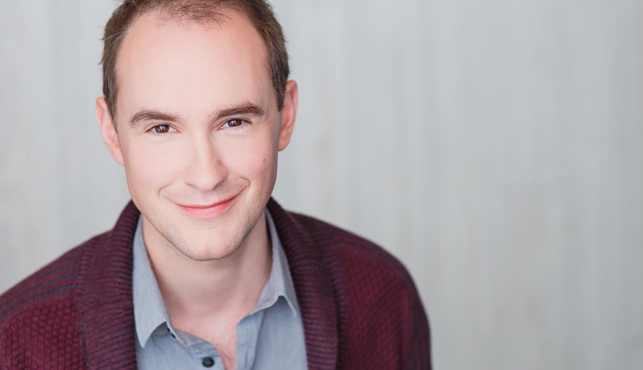 Matt Crowle to Star in David Sedaris' SANTALAND DIARIES at Goodman
