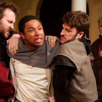 Review: FUENTE OVEJUNA at City Lit Theater