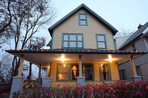 Furnishings for A Christmas Story's Bumpus House Returned to 1940's Glory
