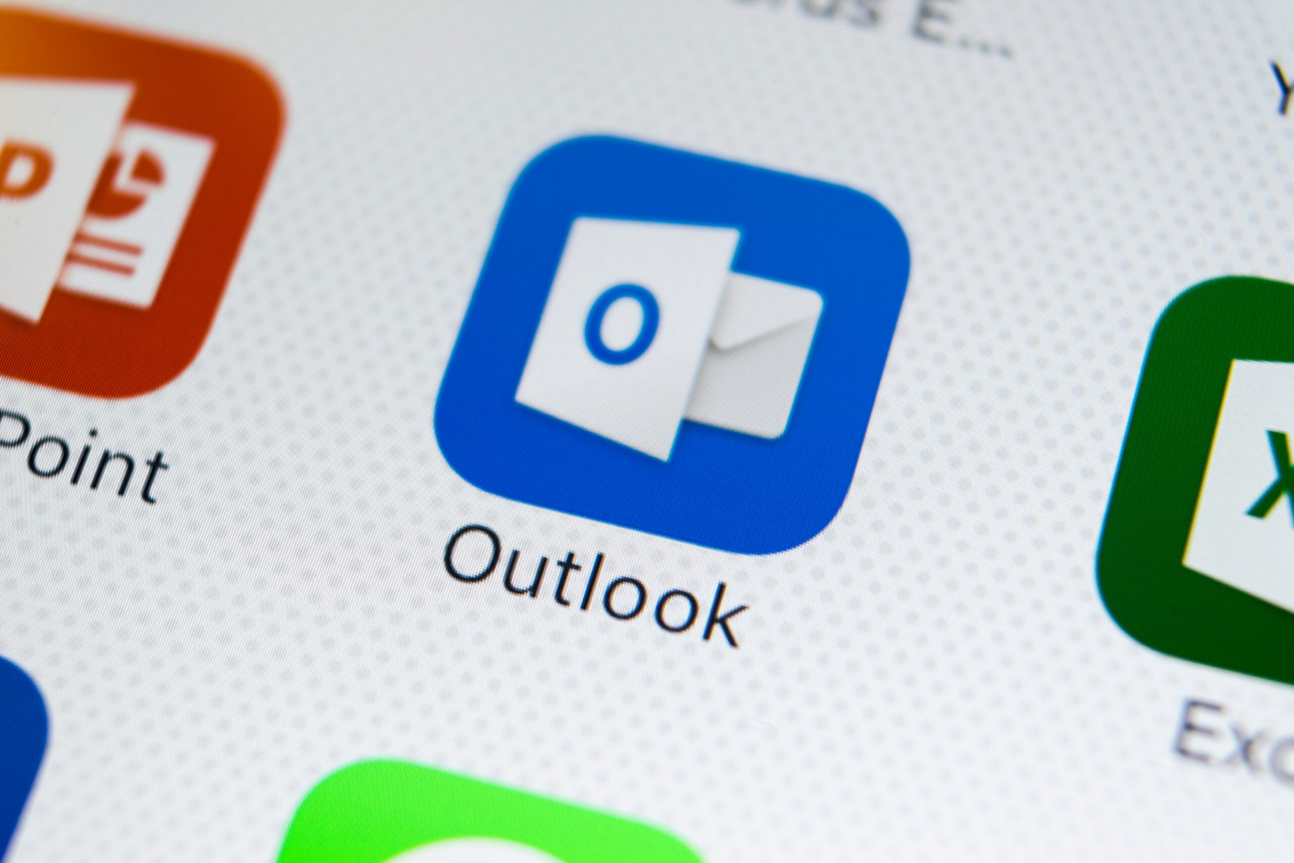 Delete Outlook Email
