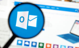 Change email signature in outlook