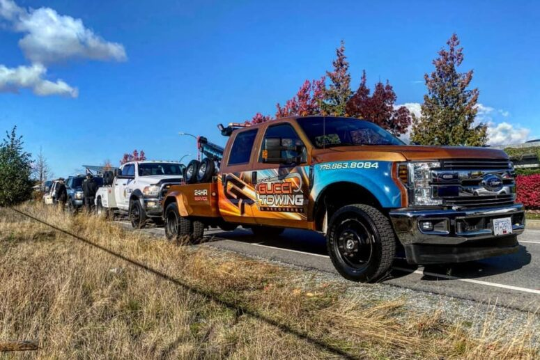 4 Major Clues Your Vehicle Needs Towing