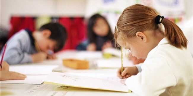 niños-estudiando