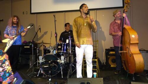Aki Kumar, Hindi Man Blues