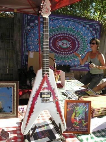 Artista Guitar