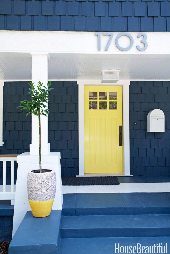 54c1566dad361_-_06-hbx-yellow-front-door-0611-s2