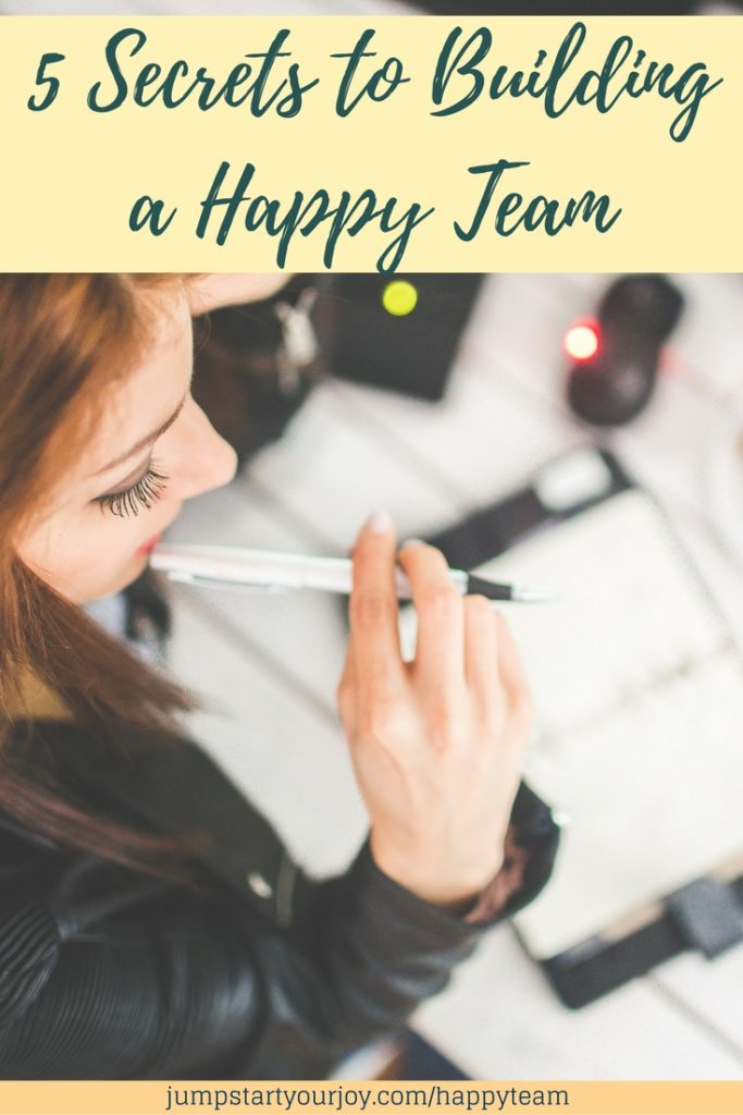 5 secrets to building a happy team - a great article about how to make the most of virtual teams. Click to read and pin for later. www.jumpstartyourjoy.com