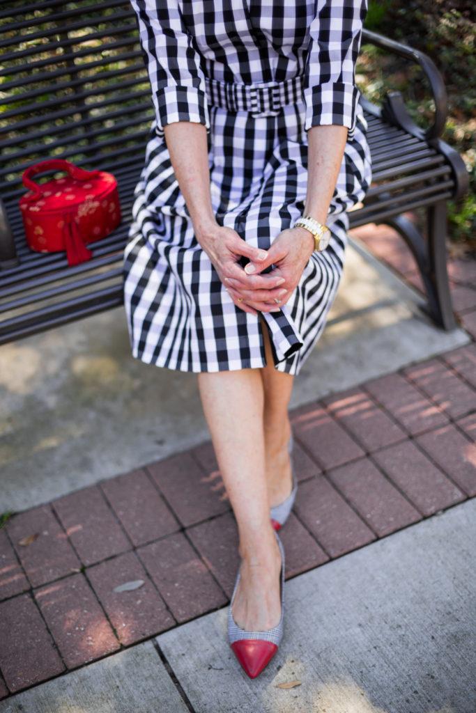 #fashionaccessories #dallasshopper #wardrobeconsultant #gettingdresses