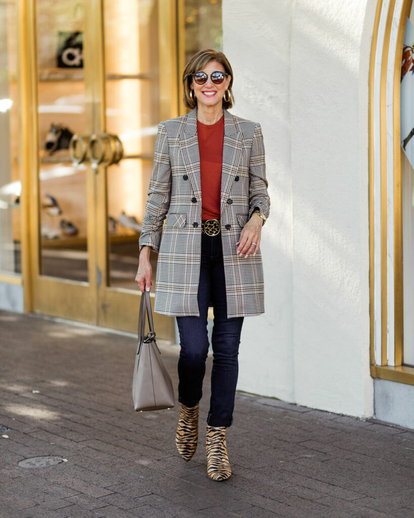 Over 50 Dallas blogger mixing animal print with plaid