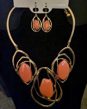 Gold/Coral Fashion Necklace