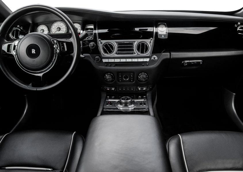 Rent a Rolls Royce Wraith