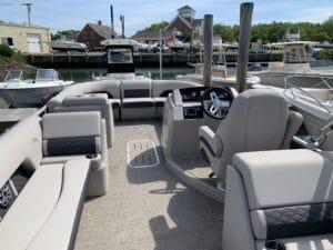 Hamptons Boat Rental - Montauk, Sag Harbor, Shelter Island and Southold