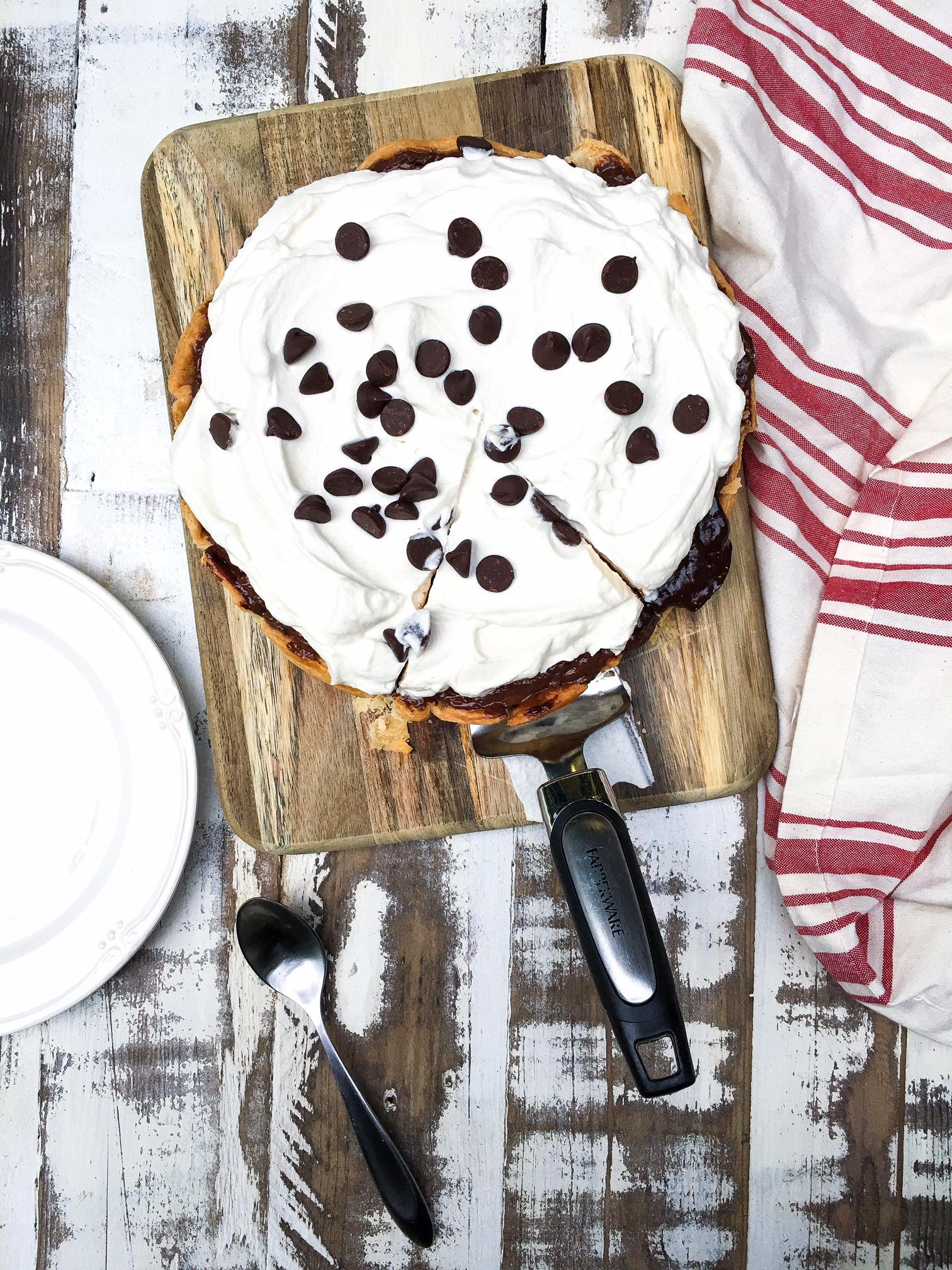 easy chocolate cherry pie