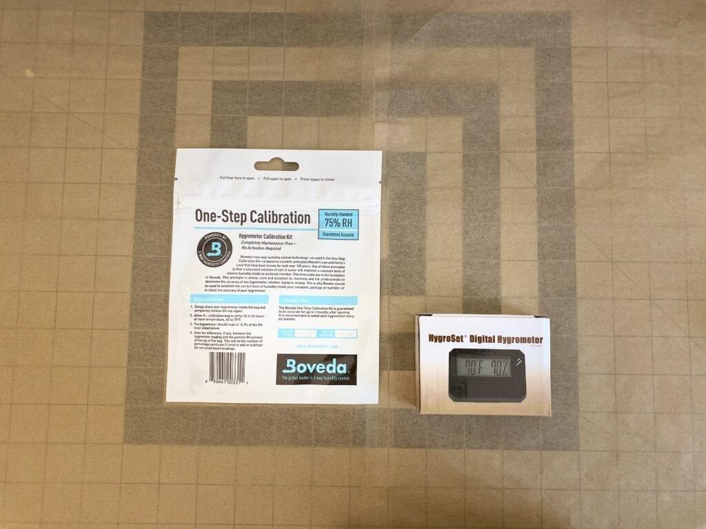 HygroSet Rectangular Hygrometer w/Boveda Calibration Kit