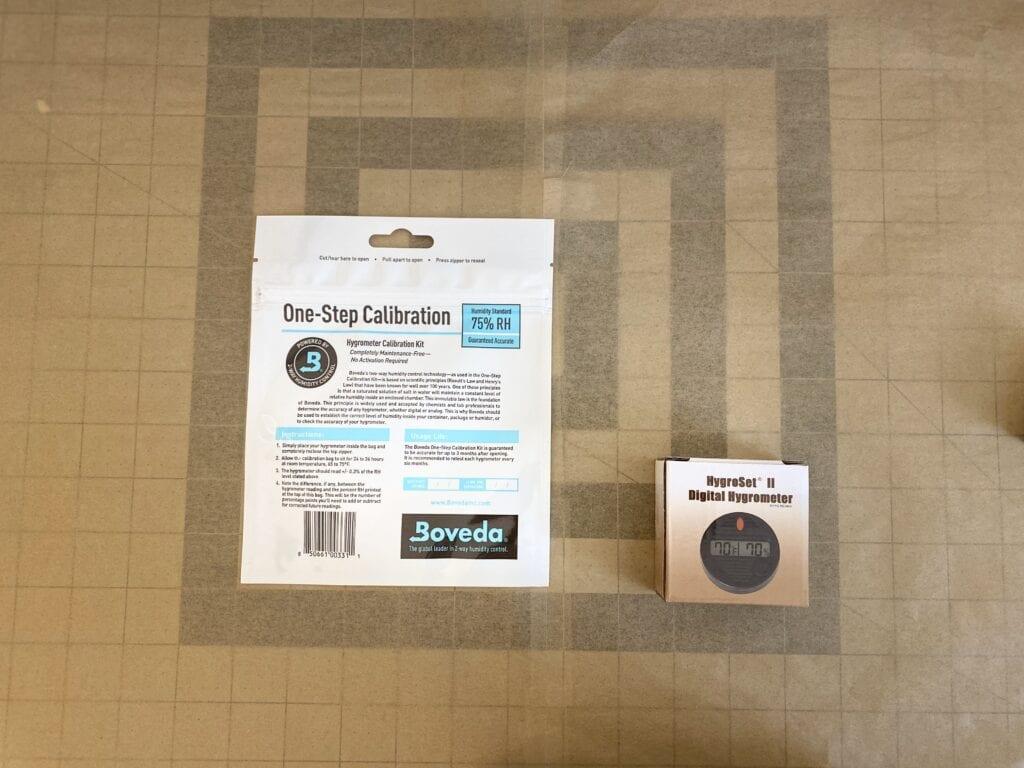 HygroSet Round Hygrometer w/Boveda Calibration Kit