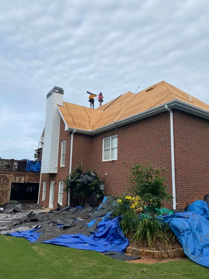 side view of Watkinsville Home ready for new roof system