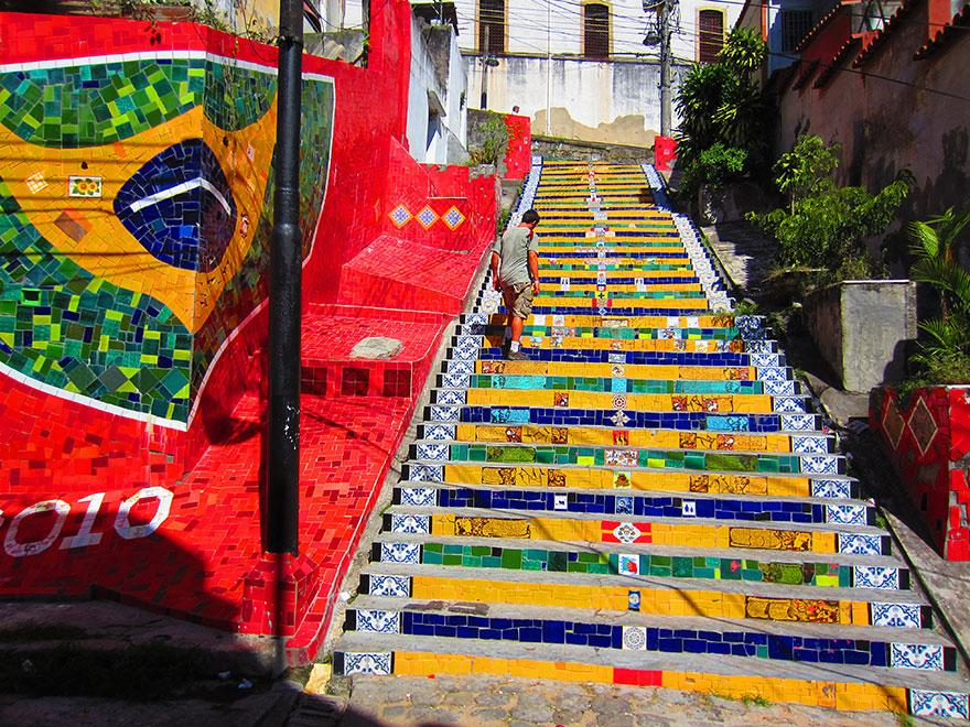 creative-stairs-street-art-17