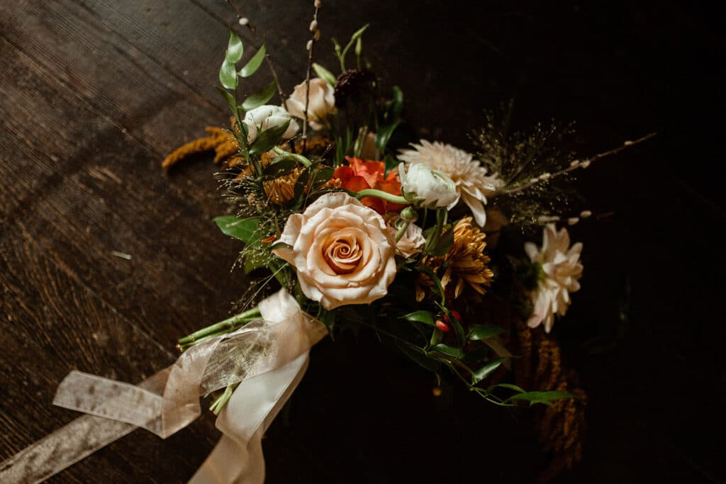fall bridal bouquet with ribbon