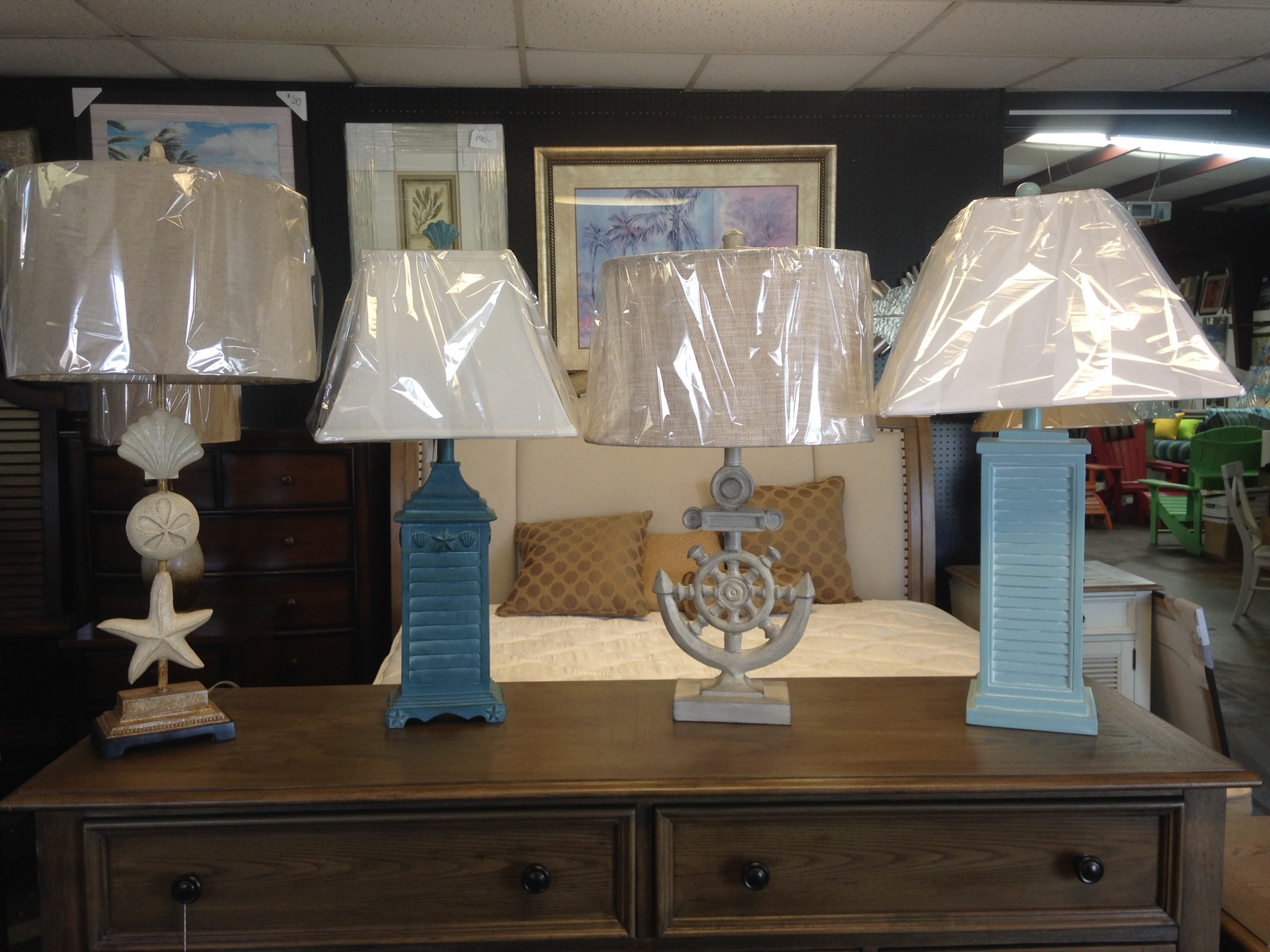 Unique Lamps   Furniture Accessories Supplier in Panama, FL.