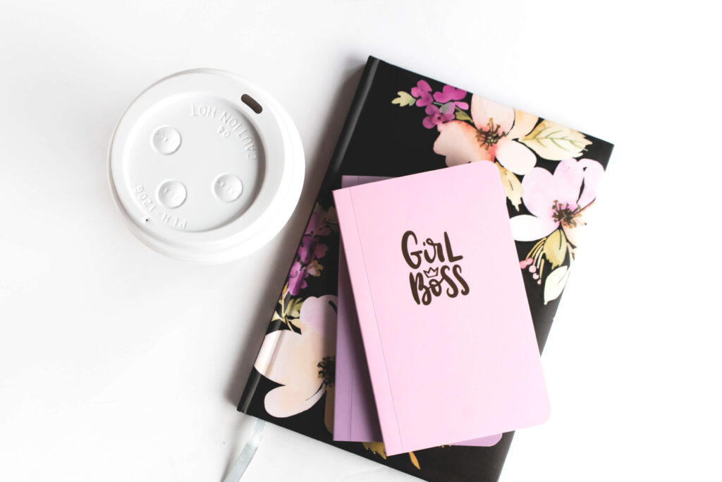 Here's a recap of July and a look at my August goals. Plus a FREE monthly goal setting worksheet!