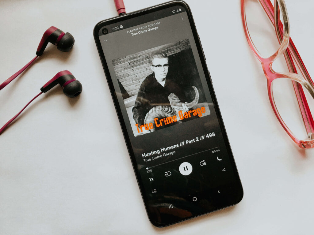 I love podcasts and the true crime genre is definitely my favorite. Here are my 7 favorite podcasts right now!