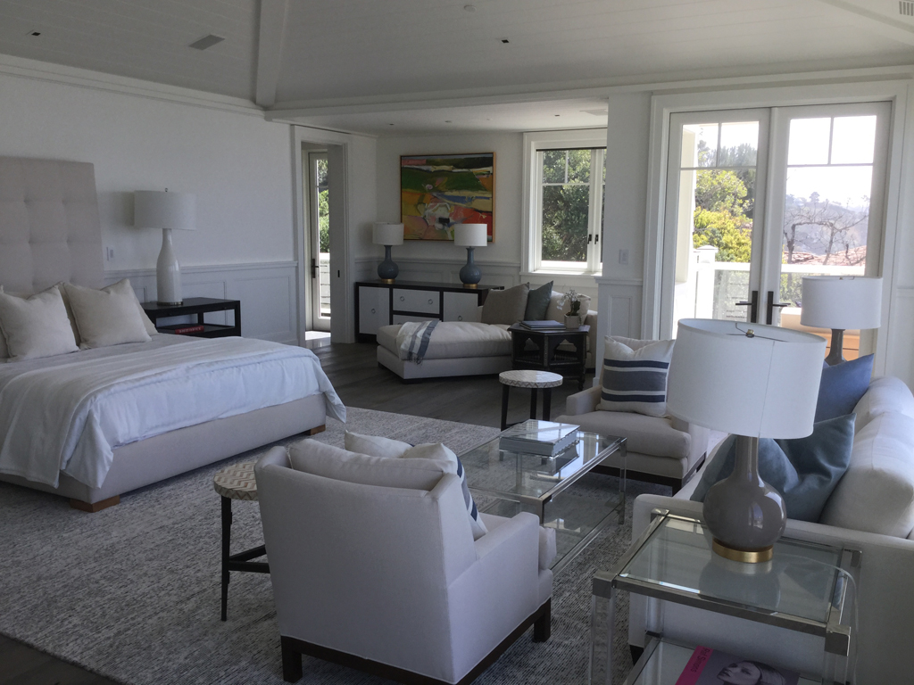 Malibu-Cape-Cod-Bedroom-01
