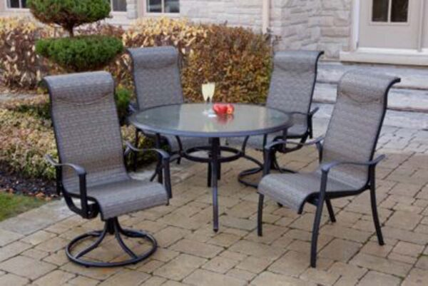 Springfield 48 Round with 4 Chairs 400x267 1