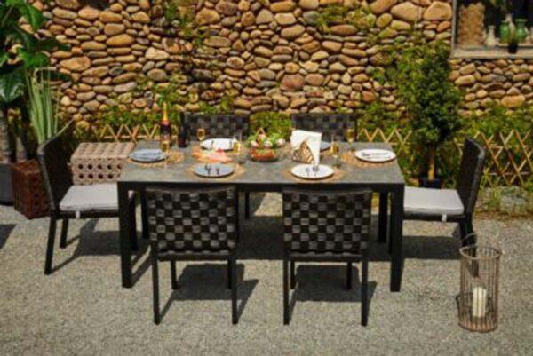 Tatta III Dining Set 400x267 1