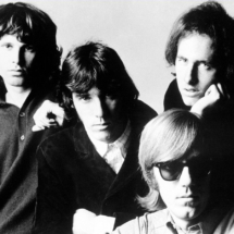 Ray Manzarek (lower right). Image on Wikimedia Commons.
