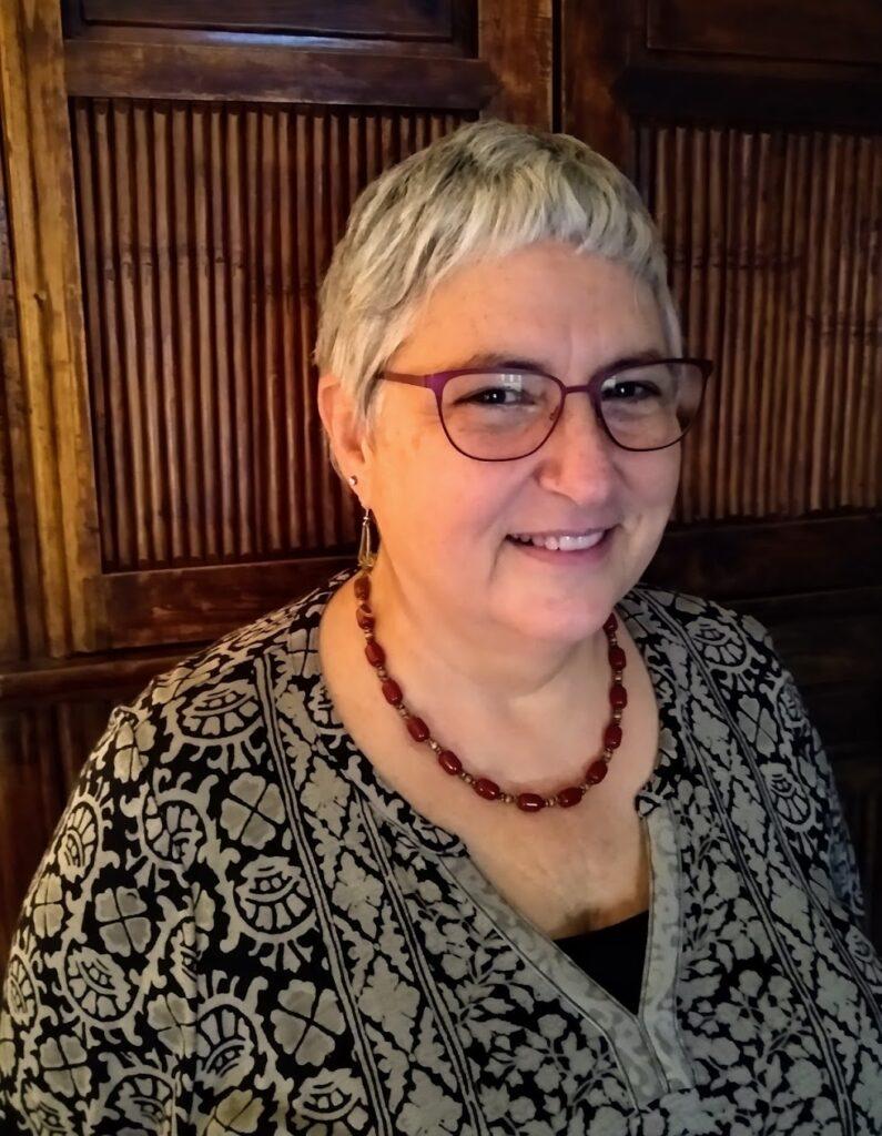 Dr Carrie Schaffer