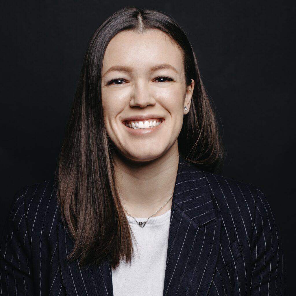 Portrait de Camille Duval, membre de la Firme-école en service-conseil des affaires