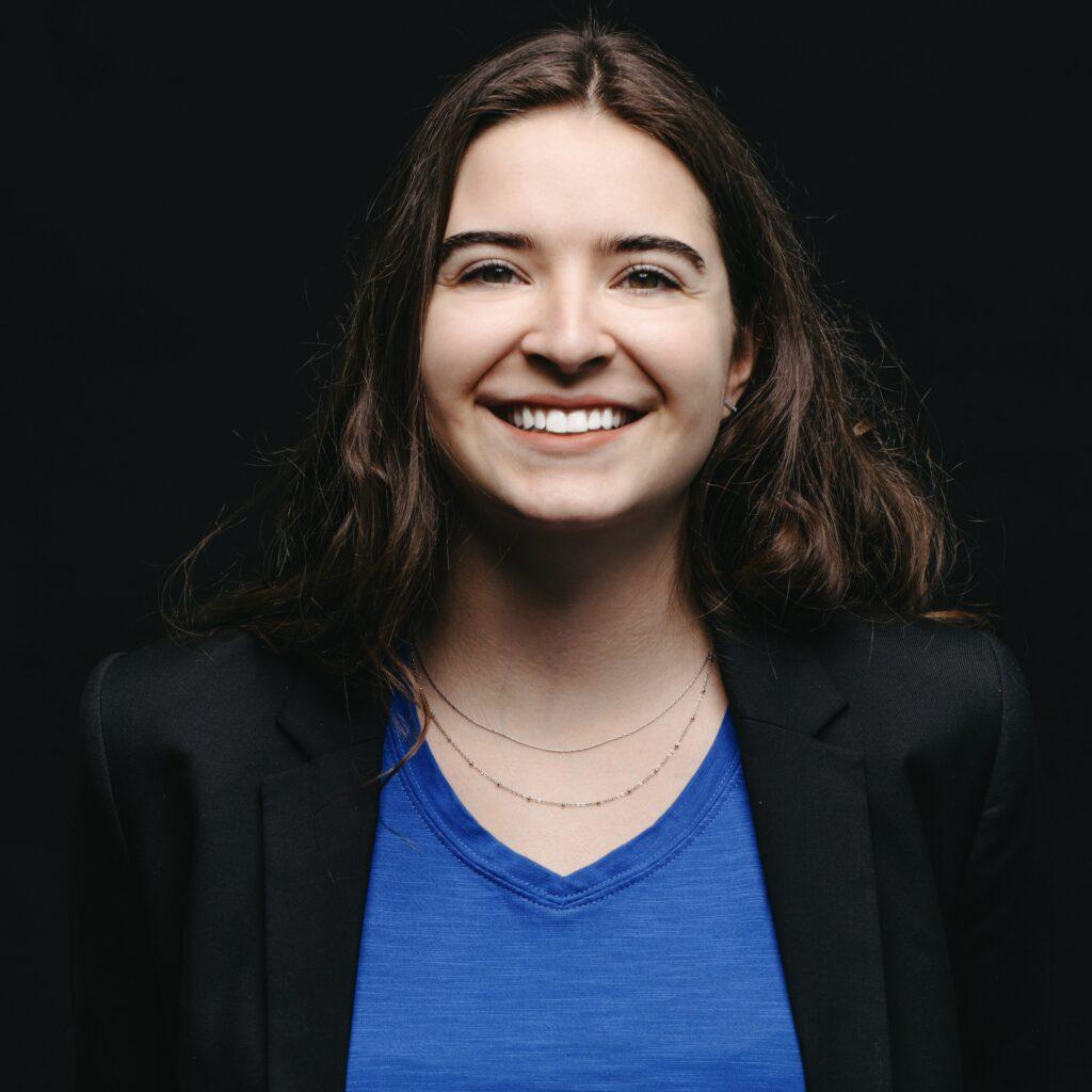 Portrait de Justine Boivin, membre de la Firme-école en service-conseil des affaires