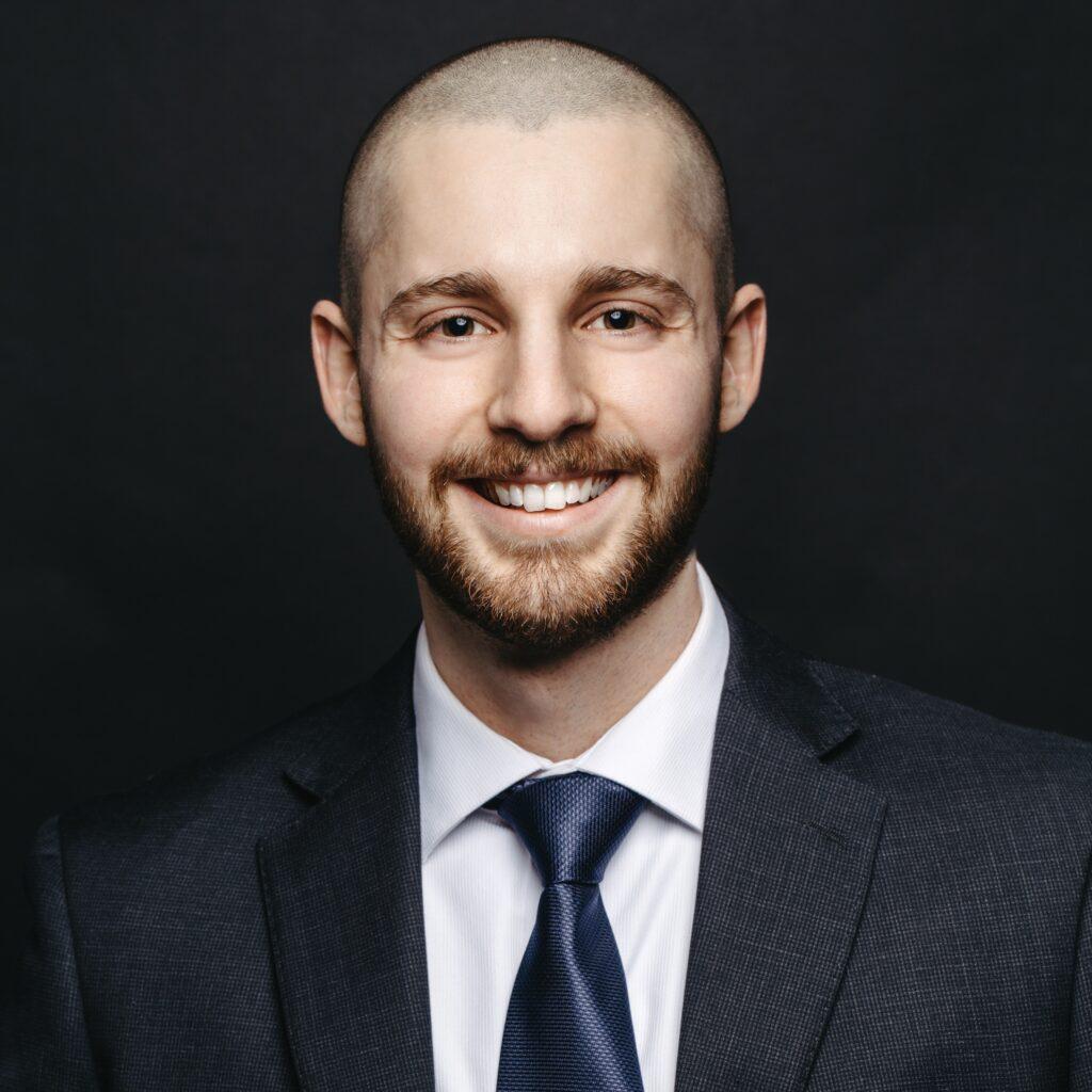 Portrait de Vincent Belisle, membre de la Firme-école en service-conseil des affaires
