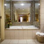 Deluxe Two Queen Washroom