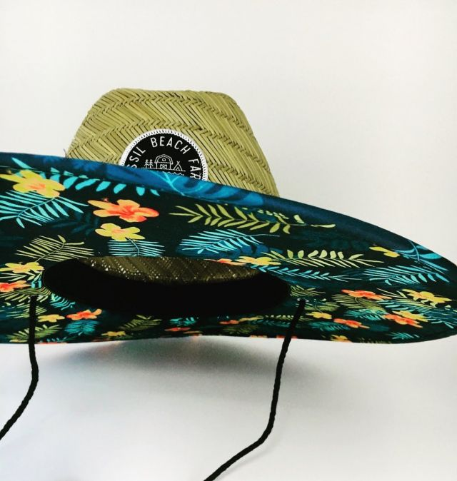 Some sneaky branding for @fossilbeachfarm custom built from scratch with custom printing under the brim #lifeguardhat #wherefarmmeetssea #custombranded #custombuilt #branded #promotionalproducts #glamping