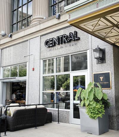 restaurant in downtown Detroit