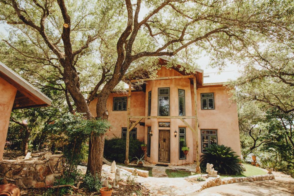La Casa de Joy strawbale home