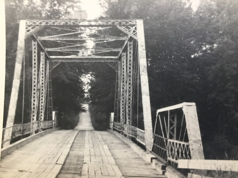 Photo of the Custer Road Bridge