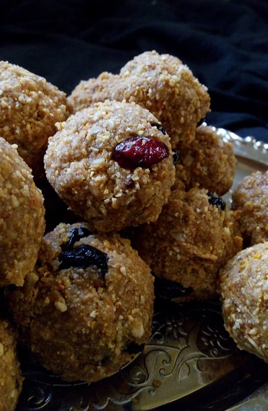 oats wheat flakes dry fruits ladoo protein ladoo