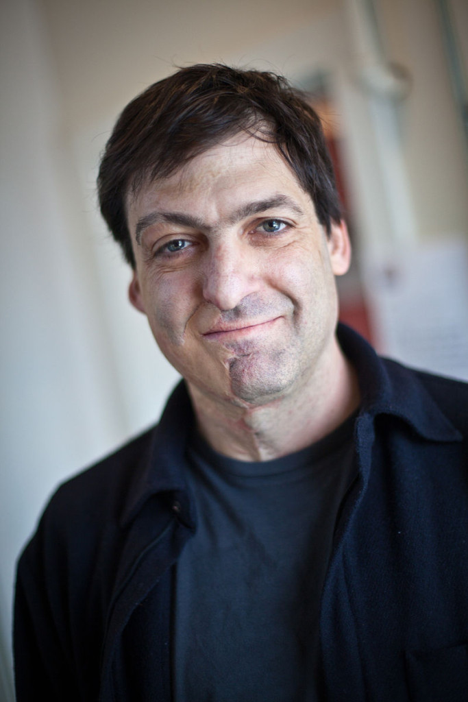 """""""Dan Ariely - PopTech 2010 - Camden, Maine"""" by PopTech. Licensed under CC BY-SA 2.0 via Commons"""