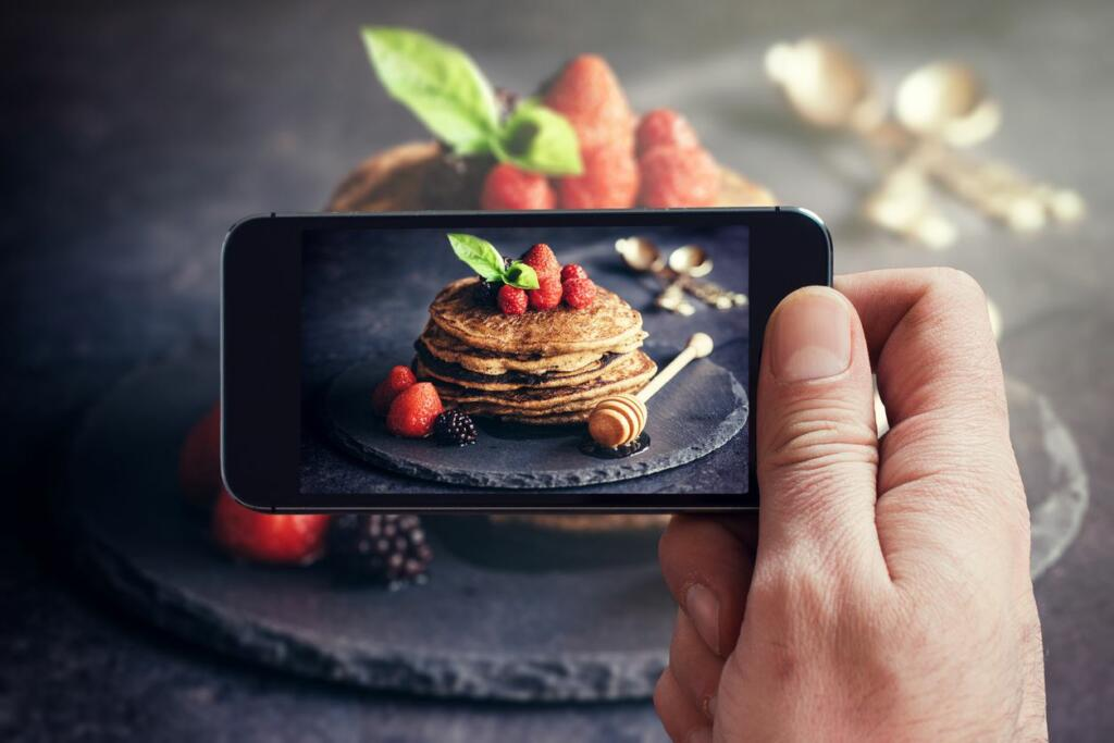 photographing pancakes stack for product marketing research