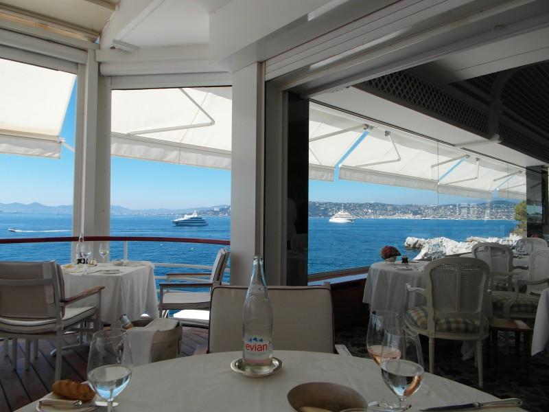Antibes : Restaurant of the Hotel Cap Eden Roc in Cap d'Antibes