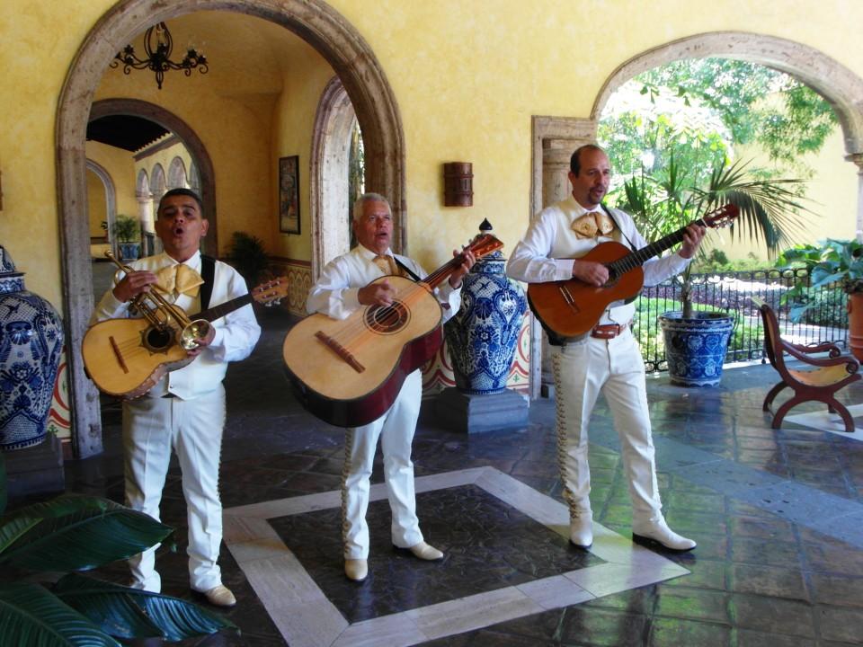 Jose Cuervo La Hacienda - Mariachis