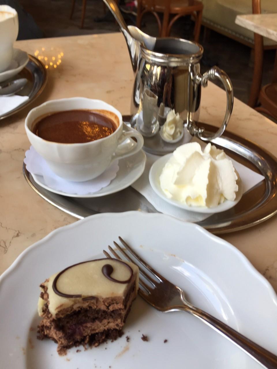 Cafe Savoy in Prague - the Savoy Cake !
