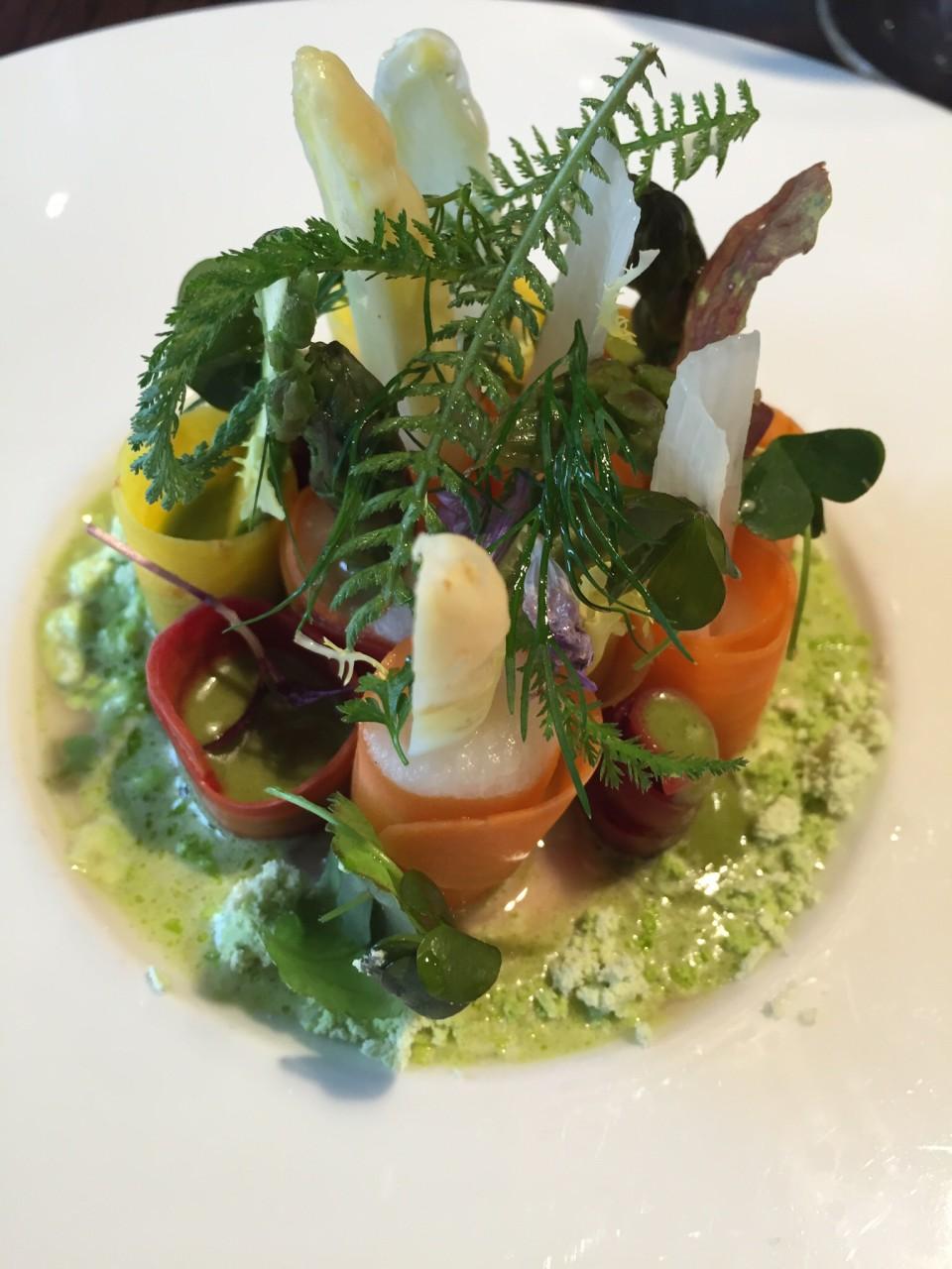 Mlynec Prague - Asparagus & Carrot Salad with Lime and Mint Dust