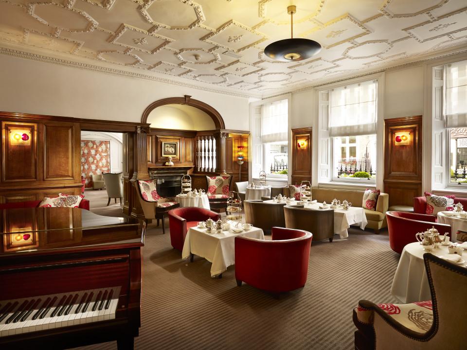 Piano music accompaniment to Afternoon Tea at the English Tea Room