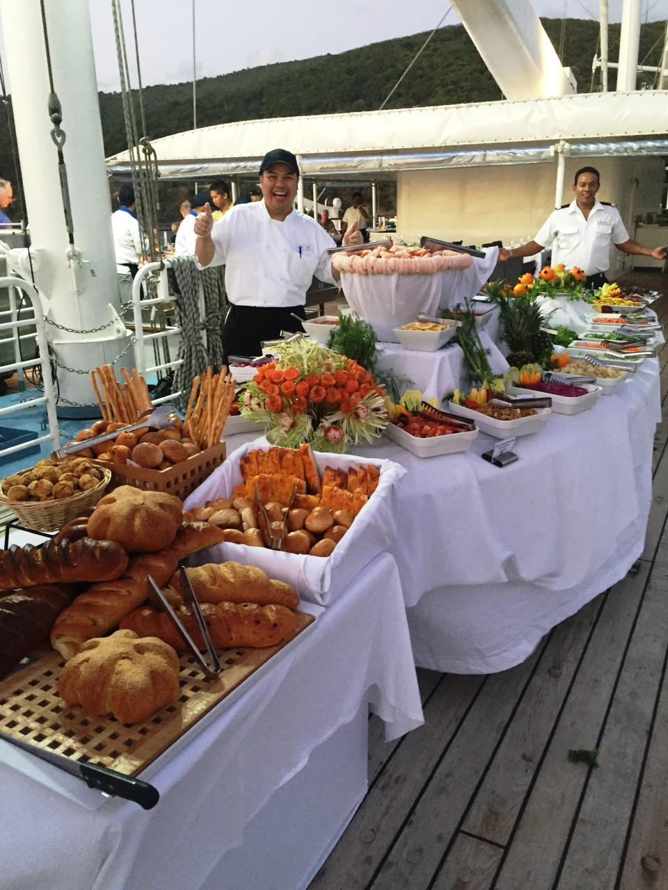 Dining under the stars with Windstar Cruises !